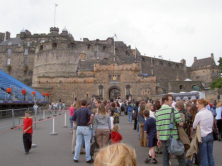 Edinburgh Castle gilt als eine der bedeutendsten Sehenswürdigkeiten Schottlands
