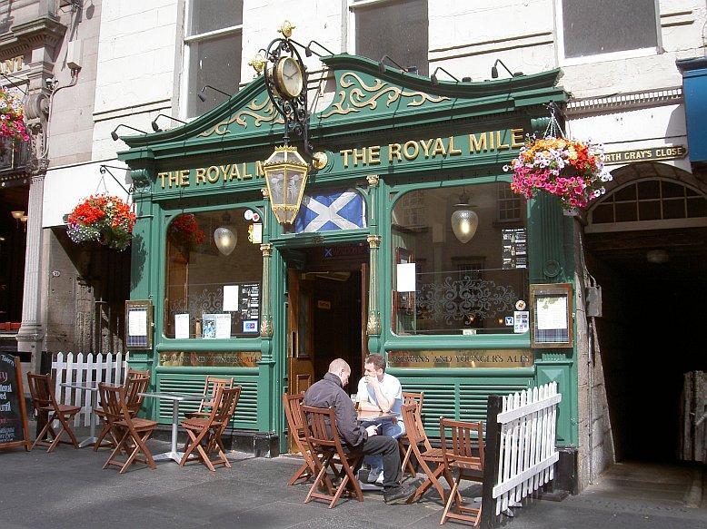 Lokal in der Royal Mile in Edinburgh