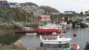 Hafen Qacotoc auf Grönland