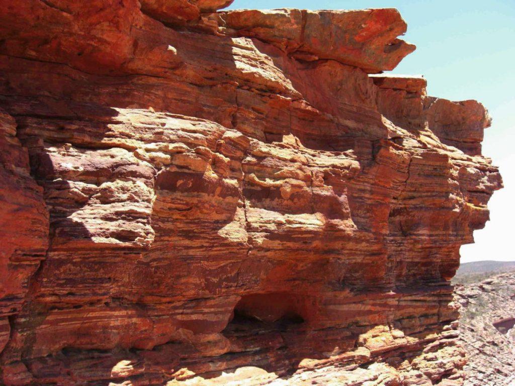Steinformationen im Outback von Australien.