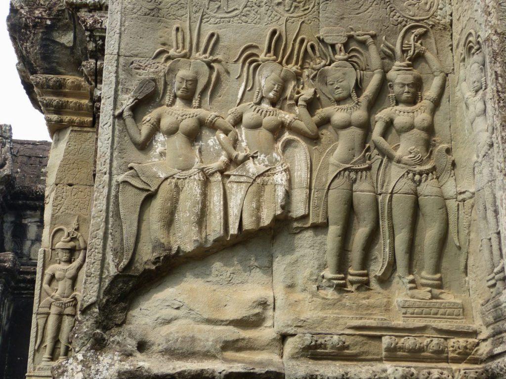 Apsara im Tempel von Angkor Wat, Kambodscha