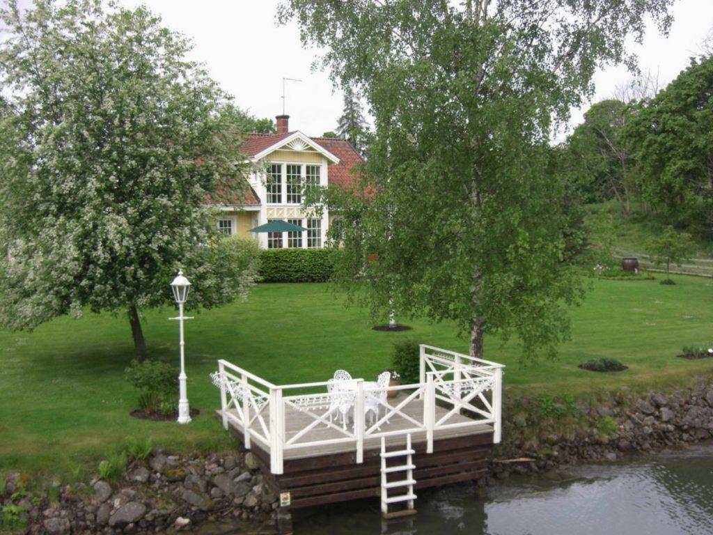 idyllische Landschaften am Götakanal in Schweden