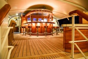 die Top Of The Yacht-Bar der SeaDream
