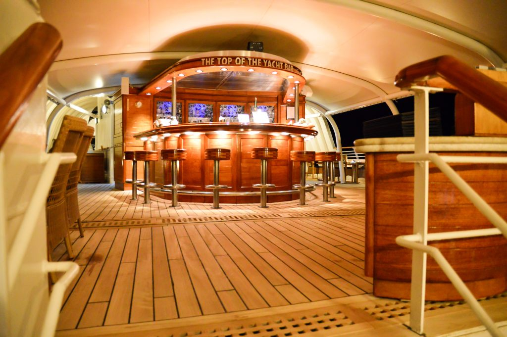 die Top Of The Yacht-Bar der SeaDream