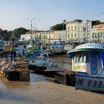 Das Bild zeigt den Hafen der brasilianischen Stadt belém im Amazonasdelta