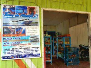 Geschäft im brasilianischen Amazonas-Dorf Jutai