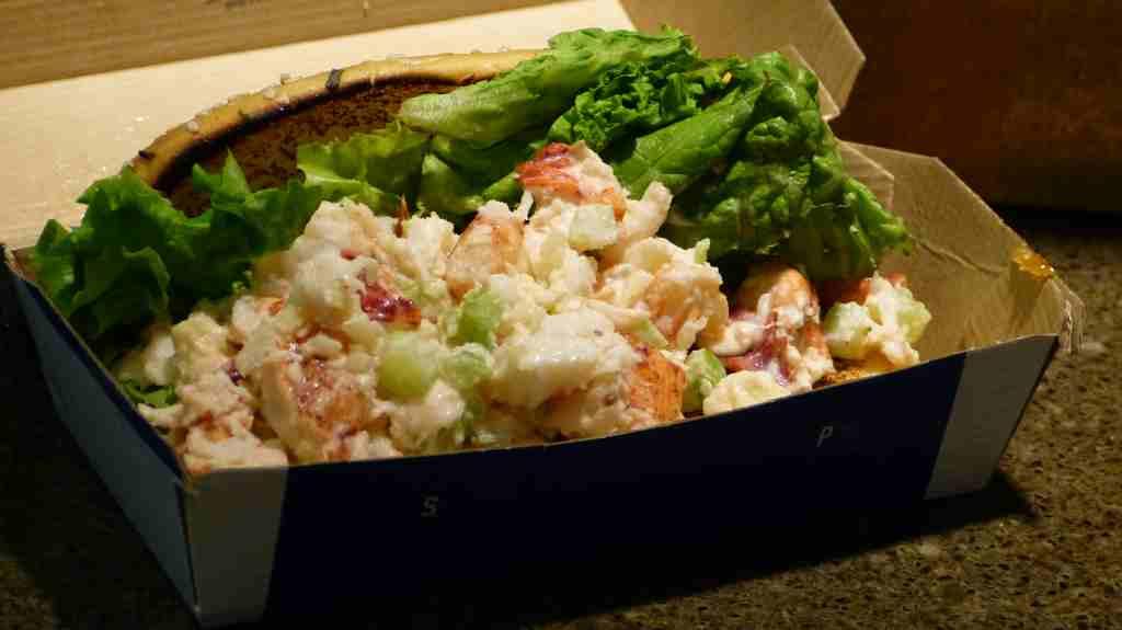 Hummer-Sandwich aus einem Geschäft an der Bay of Fundy, Kanada
