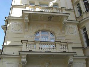 wunderschöne Hausdetails in Marienbild, Tschechien.