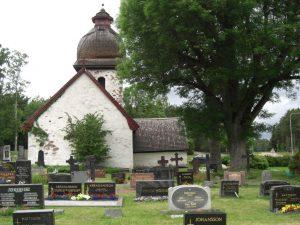 Kirche auf Vardö, auf Åland, dem Schärenparadies in der Ostsee