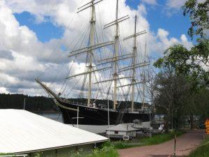 Segelschiff Pommern im Hafen von Mariehamn auf Åland, dem Schärenparadies in der Ostsee.