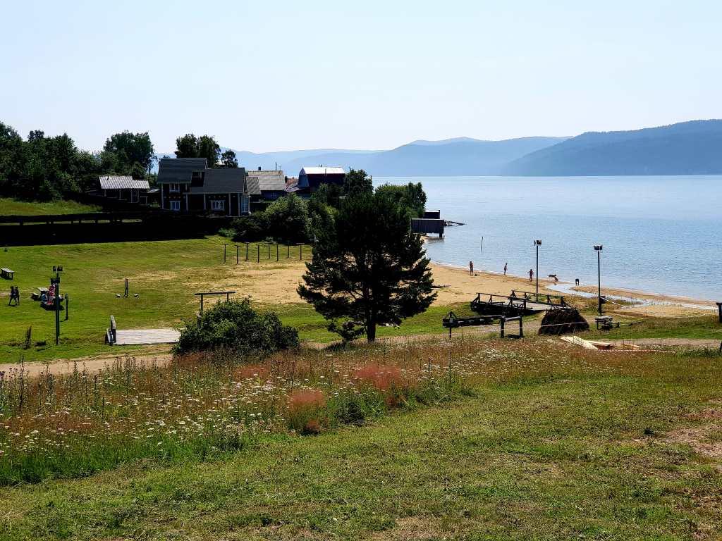 Das Freilichtmuseum Talzy zum alten Sibirien liegt auf halber Strecke zwischen Irkutsk und dem kleinen Ort Listwjanka am Ausfluss der Angara