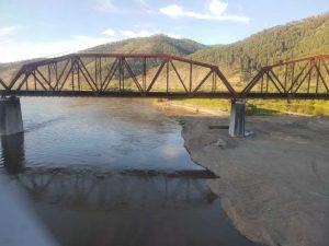 Brücke im Verlauf der Transsibstrecke, unweit des Baikalsees, Russland.