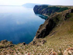 Ufer des Baikalsees in Sibirien, Russland