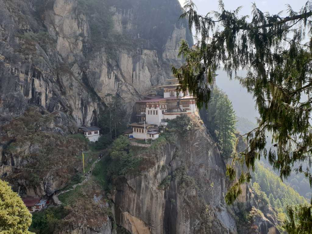 Tigernest-Kloster oberhalb des Paro-Tales in Bhutan