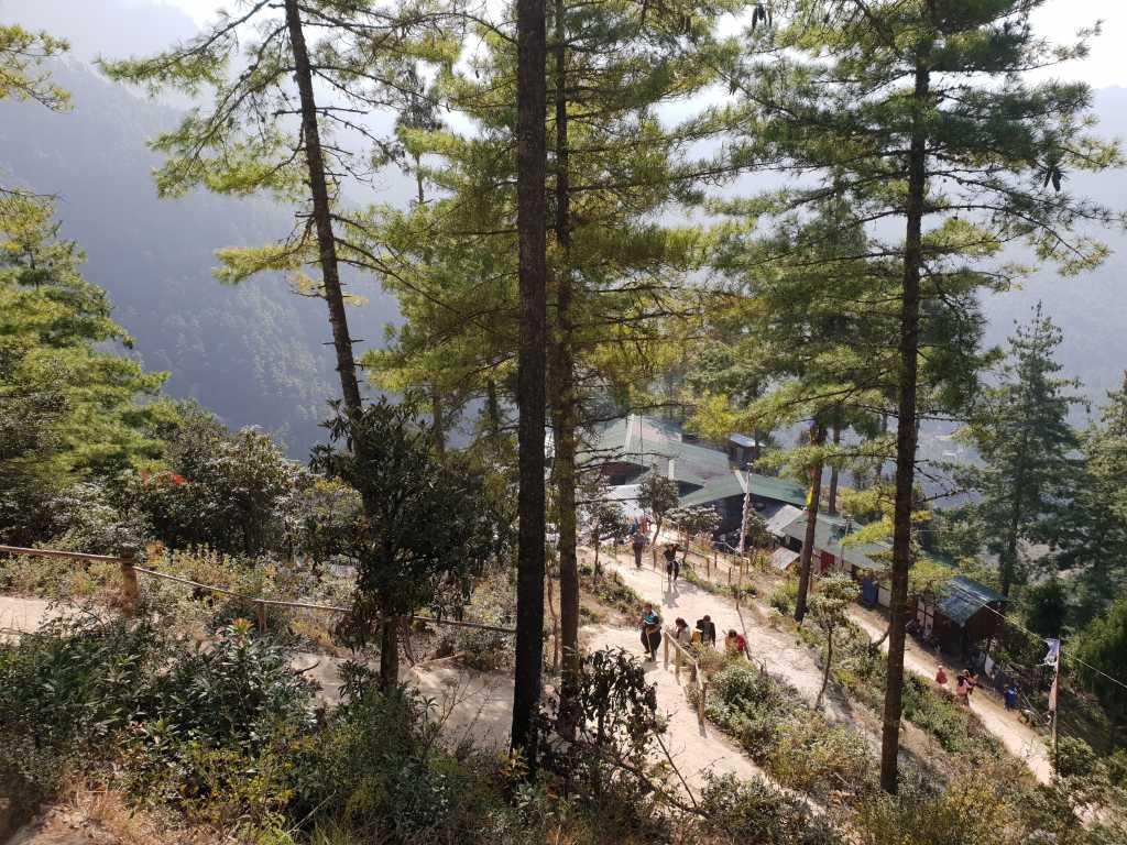 Teehaus am Weg zum Tigernest-Kloster oberhalb des Paro-Tales in Bhutan