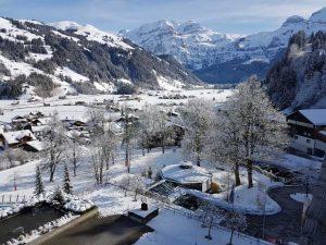 Impressionen aus dem winterlichen Lenk im schweizerischen Simmental.