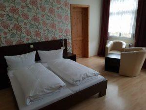 """Zimmer im Hotel """"Kaiserhof"""" in bad Liebenstein, Thüringen."""