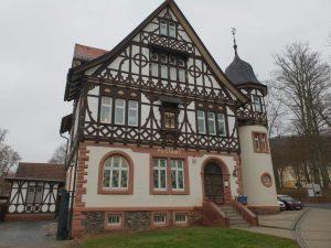 die historische Post: das schönste Gebäude Bad Liebensteins, Thüringen.