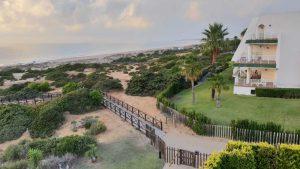 ... der Strand von Novo Sancti Petri an der Costa de la Luz in Spanien.