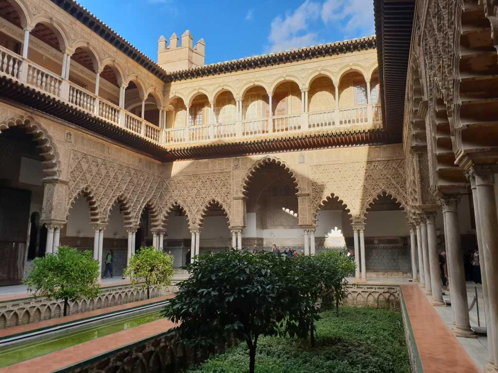 der Alcazar in Sevilla im Hinterland der Costa de la Luz in Spanien.