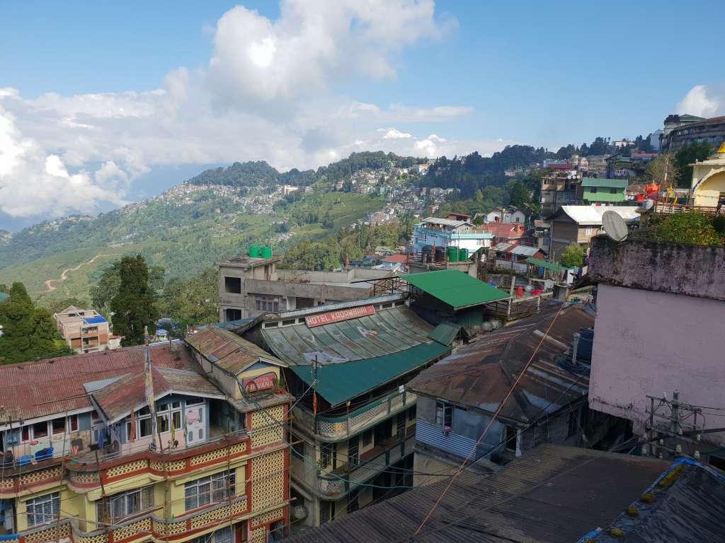 Blick auf Darjeeling in Indien