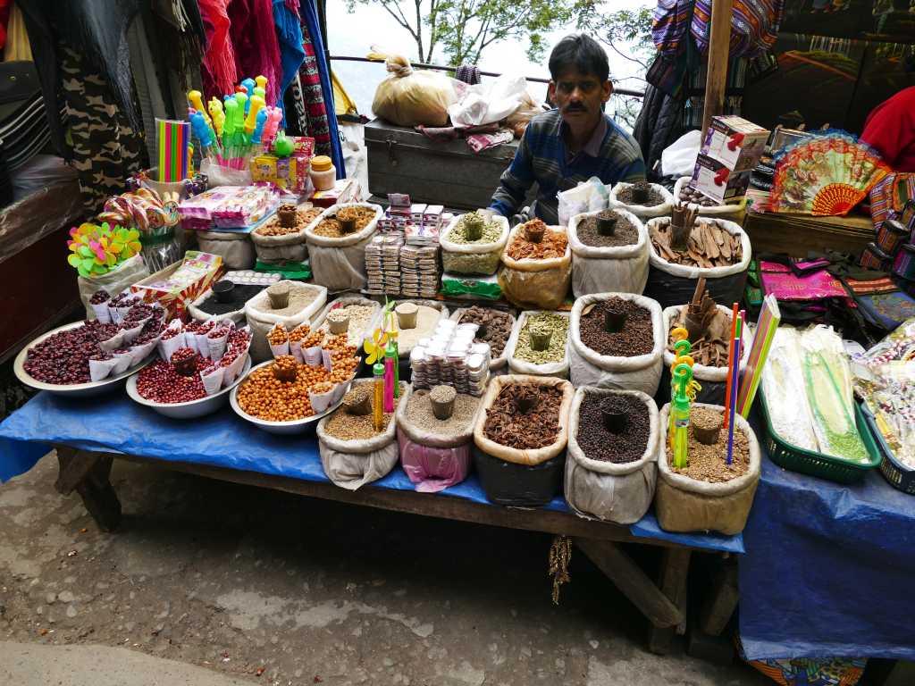 Verkaufsstand im indischen Darjeeling.