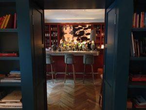 """die Bar des Hotels """"La Maison"""" im saarländischen Saarlouis."""