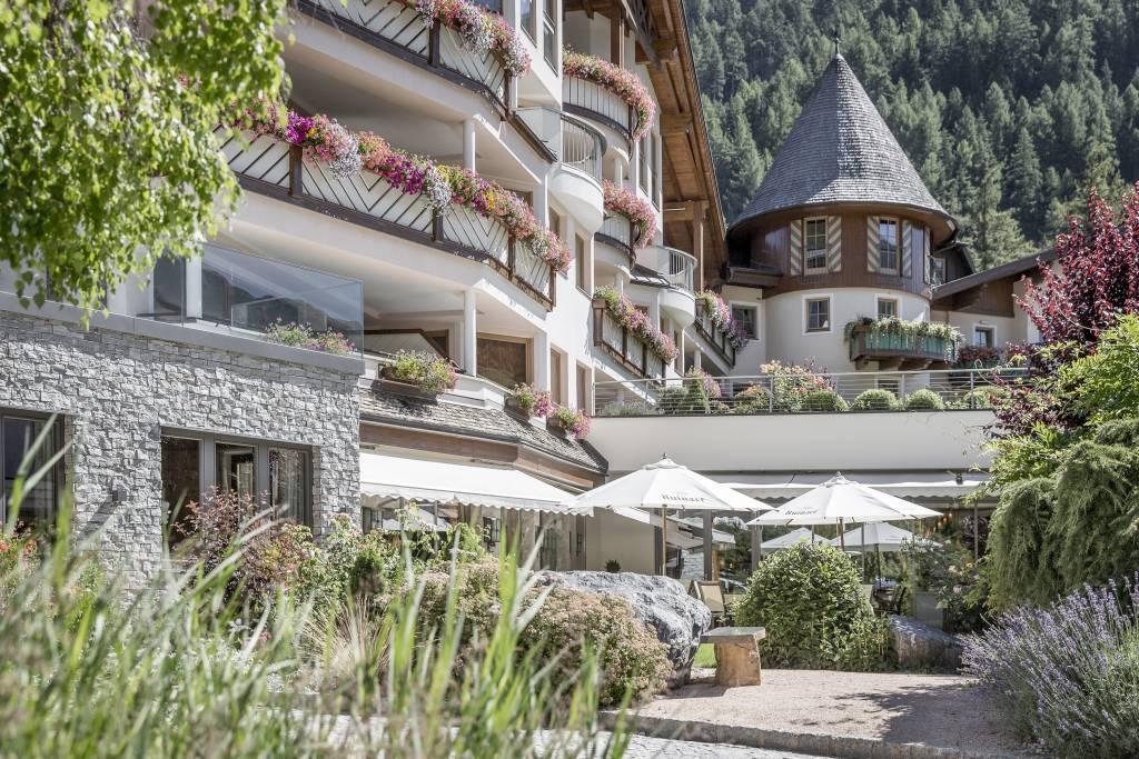 "Hotel ""Central"" im Tiroler Wintersportort Sölden"