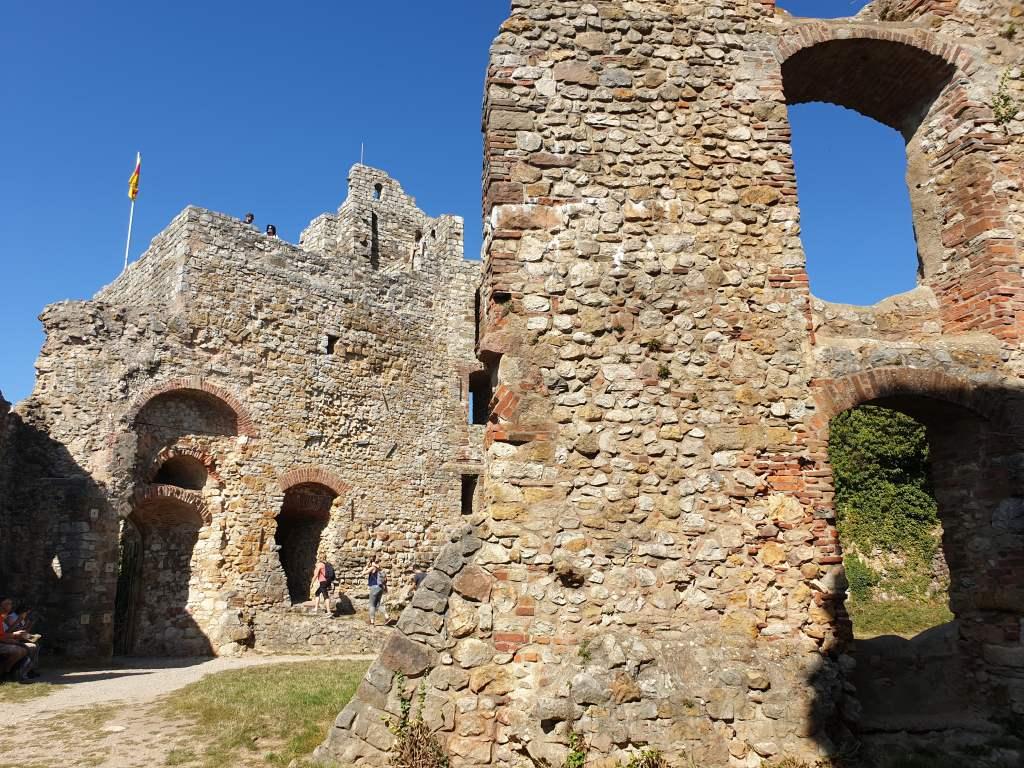 Burgruine von Staufen, dem mittelalterlichen Städtekleinod im Breisgau.