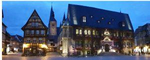 Marktplatz in Quedlinburg mit dem Rathaus