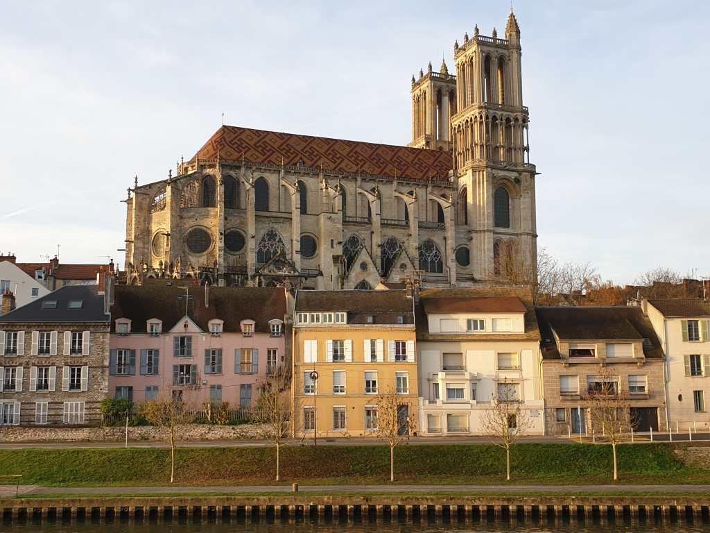 Stiftskirche Notre-Dame in Mantes-la-Jolie