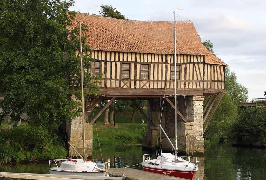 die alte Mühle von Vernon an der Seine, Frankreich