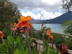 Eine der schönsten Ecken Balis: die Landschaft bei den Twin Lakes im bergigen Norden.