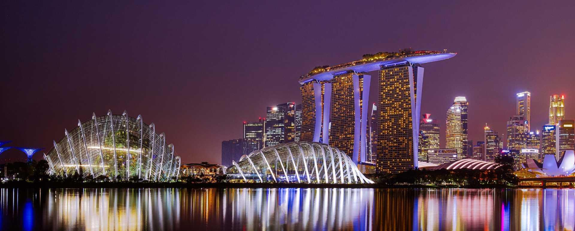 Singapur die Gardens of the Bay bei Nacht