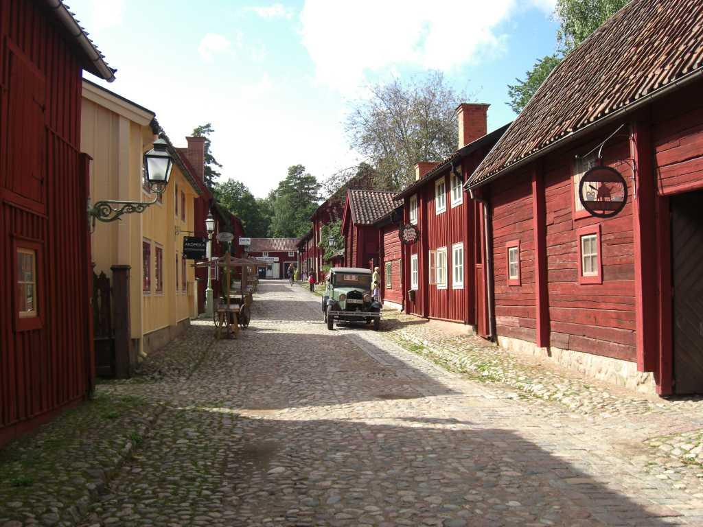 Das Freilichtmuseum Gamla Linköping zeigt wie eine Kleinstadt vor etwa hundert Jahren in Schweden ausgesehen hat.