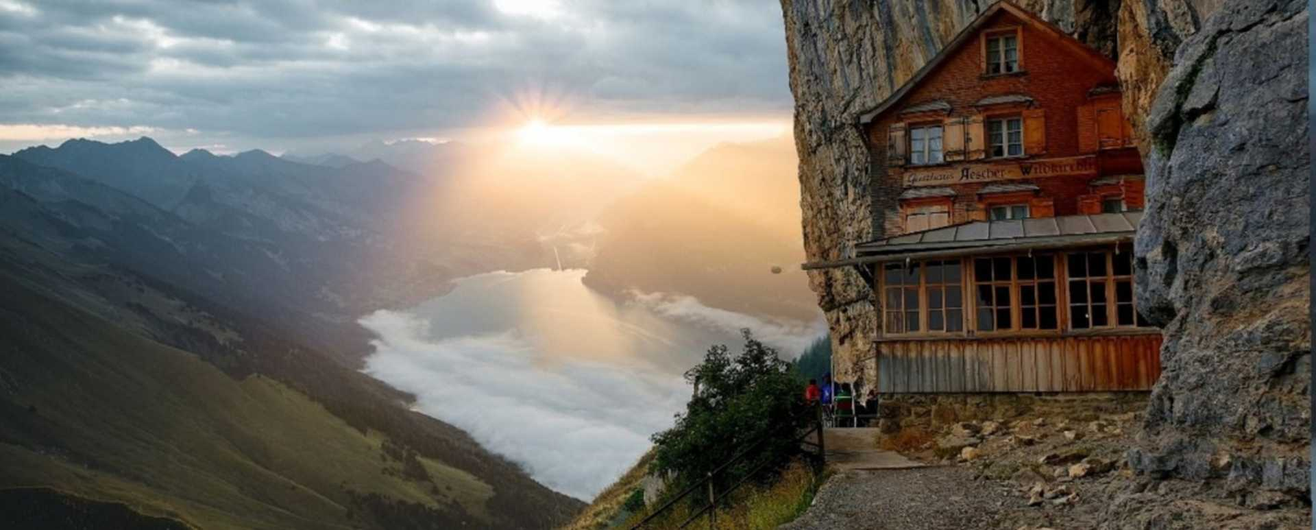 das Gasthaus Aeschen im Alpsteinmassiv im Appenzellerland, Schweiz