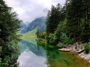 der Seealpsee im Appenzellerland, Schweiz.