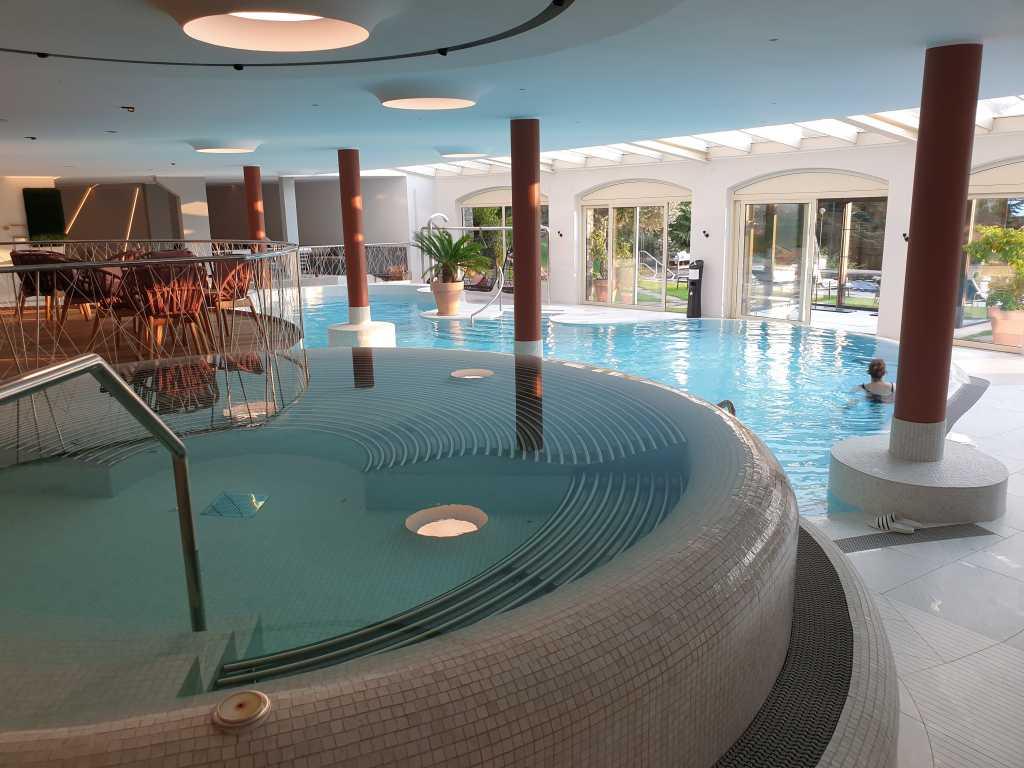 Badelandschaft im Hotel Hohenwart in Schenna