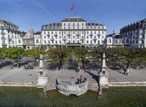 Blick auf den Schweizerhof in Luzern