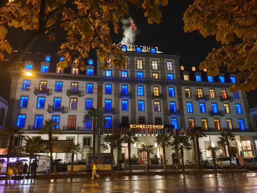 """das Hotel """"Schweizerhof """" in Luzern am Vierwaldstättersee"""