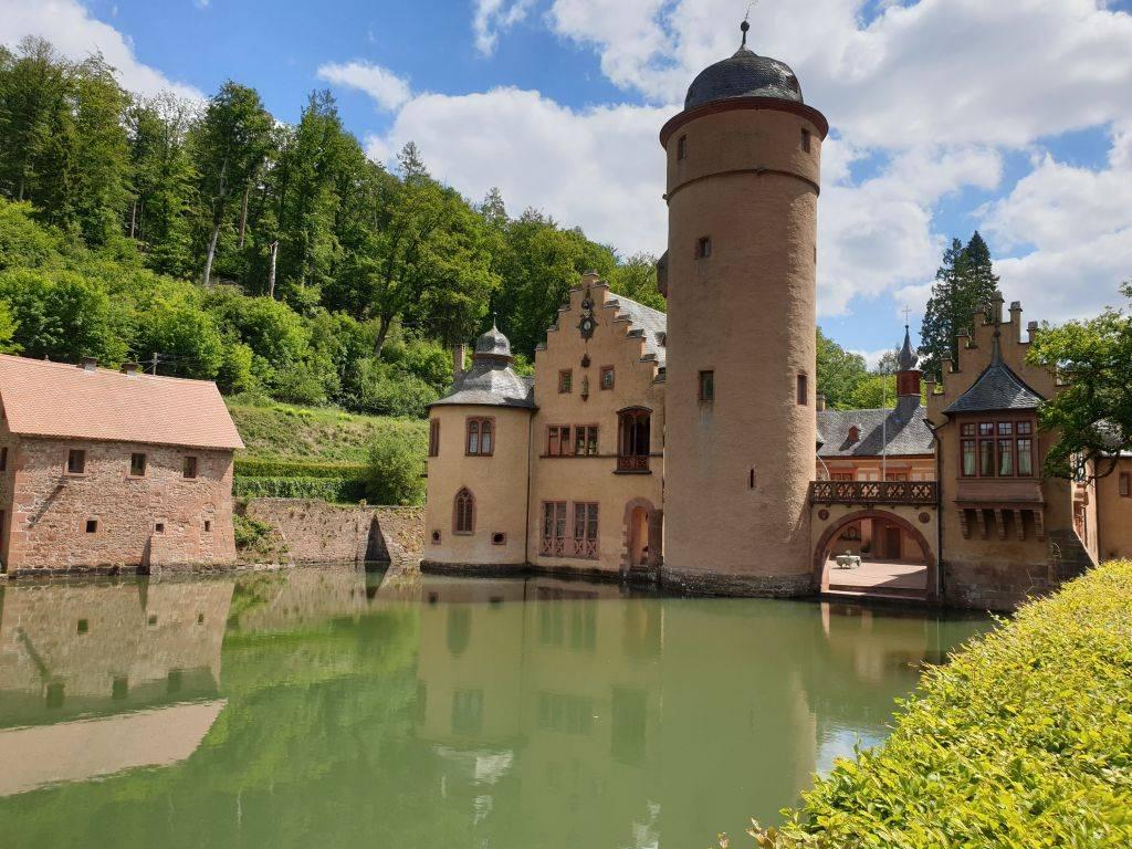 Märchenhaftes Anwesen: Schloss Mespelbrunn im Spessart.