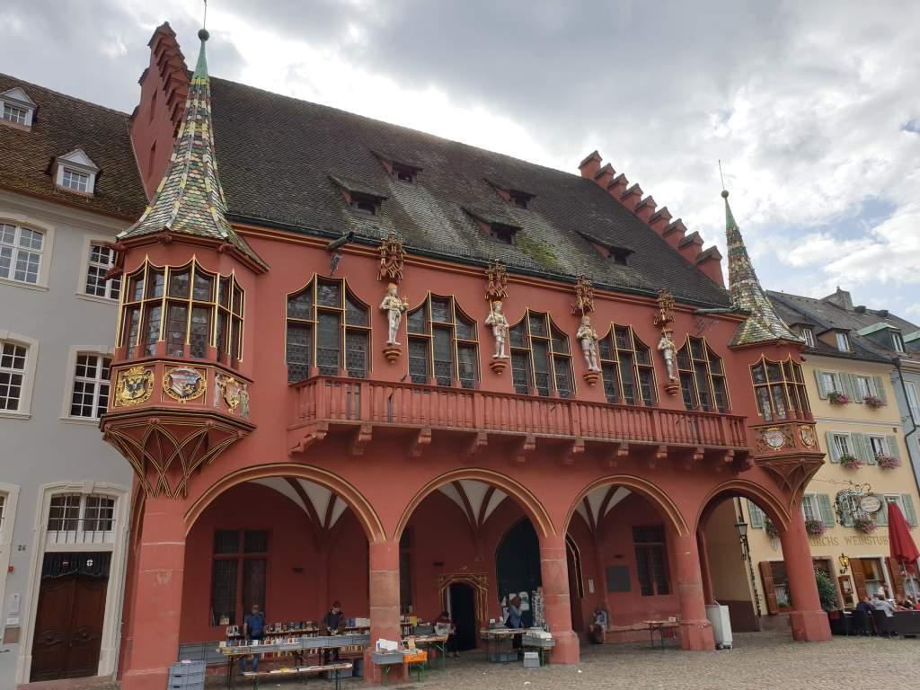 das alte Rathaus in Freiburg