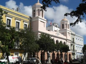 das Rathaus in San Juan, der Hauptstadt der Karibikinsel Puerto Rico.