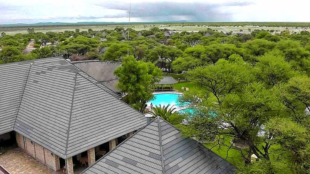 Das Okaukuejo-Camp im Etosha-Nationalpark in Namibia