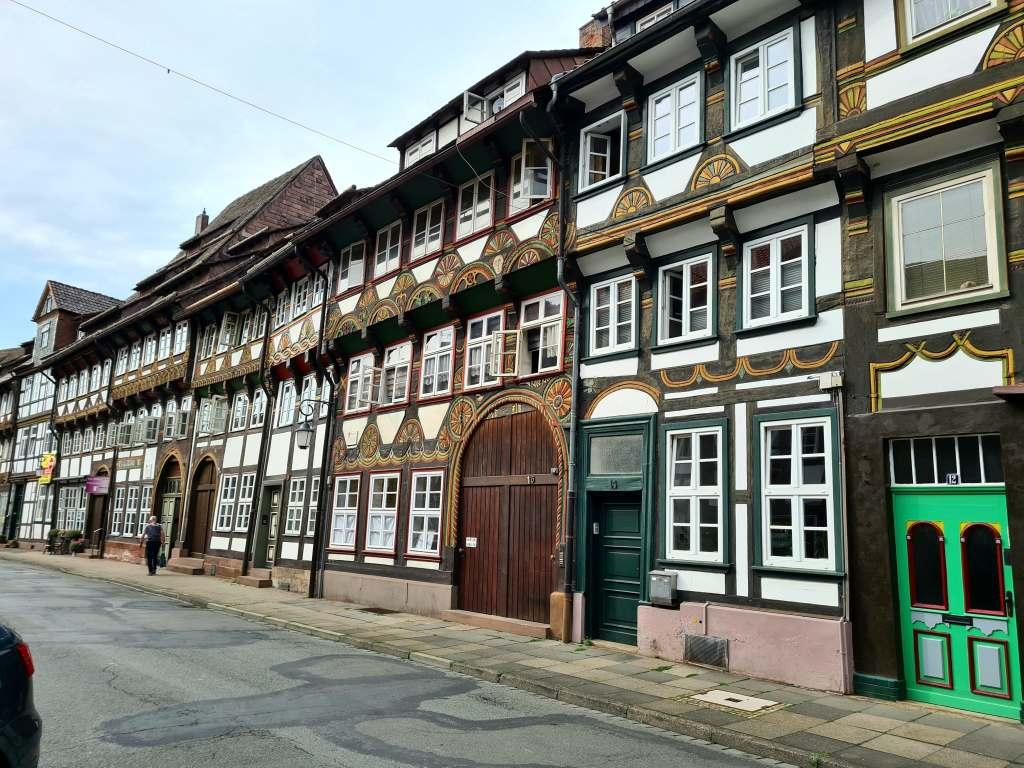 Die Tiexeder Straße in der Fachwerkstadt Einbeck im Süden Niedersachsens